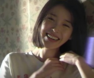 aesthetic, smile, and iu image