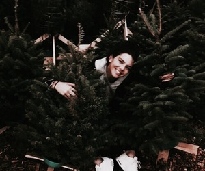kendall jenner, jenner, and christmas image