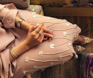 arabian, beauty, and hijab image