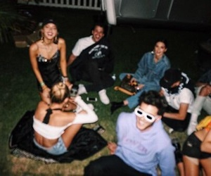 girl, kendall jenner, and friends image