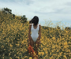 sunflowers and kendalljenner image