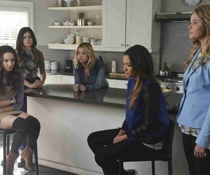 aria, pretty little liars, and emily fields image
