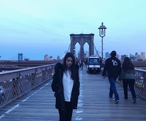 brooklyn bridge and nueva york image