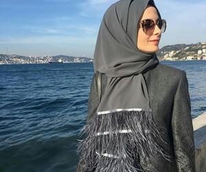 hijab, moda, and sal image