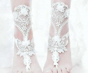 accessories, feet, and jewlery image