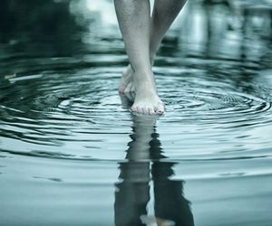 aesthetic, walking, and water image