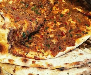 turkish food and lahmacun image