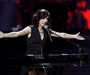 performance, grimmie, and christina grimmie image