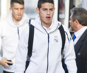 real madrid, james rodriguez, and اُحِبُّه image