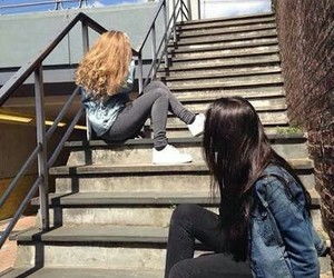 grunge, friendship, and girls image