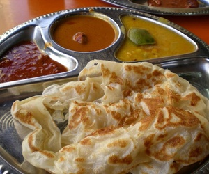 curry, indian food, and roti image