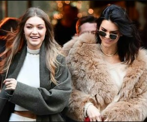 street style, frndz, and kendall and gigi image