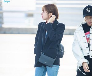 outfit, chaeyoung, and son chaeyoung image