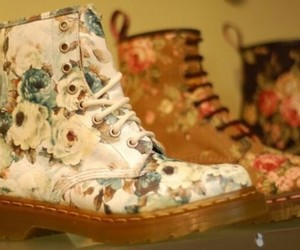 flowers, roses, and dr.martens image