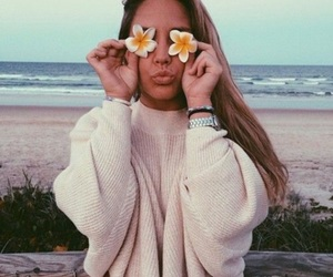 beach, flowers, and beachy vibes image