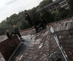 grunge, theme, and roof image