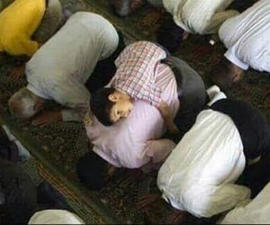 islam, kid, and muslim image