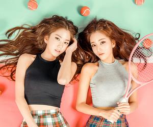 fashion, girls, and KOREANS image
