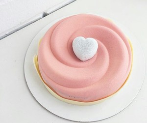 cake, pink, and sweet image