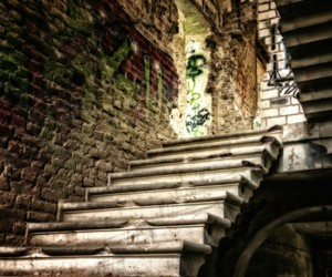 lostplace home stairs image