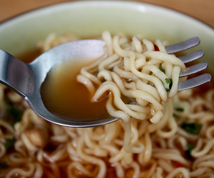 ramen, yum, and cup noodles image