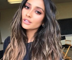 shay mitchell, beauty, and pretty little liars image