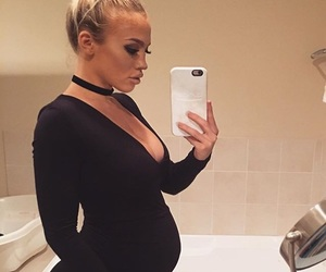 fashion and tammy hembrow image
