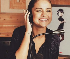 selena gomez and smile image