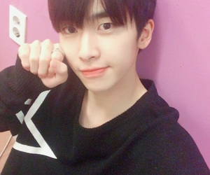 asian, xiao, and up10tion image