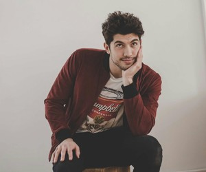 carter jenkins, famous in love, and rainer image