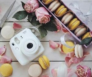 camera, fujifilm, and macarons image