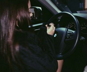 car, hair, and maggie lindemann image