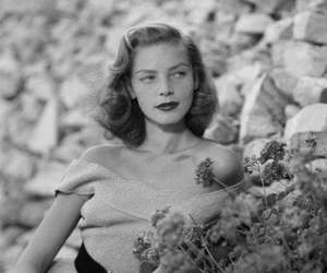 Lauren Bacall and icon image