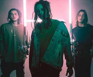 la, music, and music video image