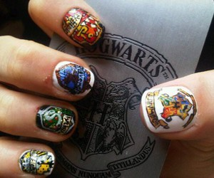 gryffindor, nail art, and nails image