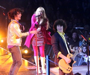 hannah montana, Joe Jonas, and miley cyrus image