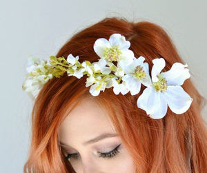 bohemian, wedding flowers, and wedding accessories image