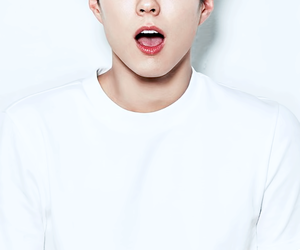 actor, parkbogum, and loveinthemoonlight image