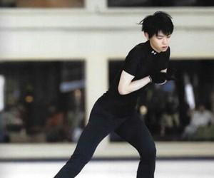 kawaii, hanyu, and on ice image