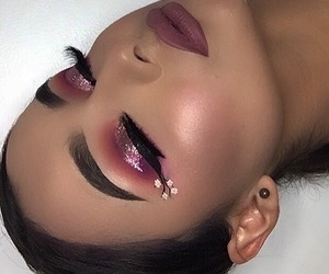 makeup, pink glitter, and pink eye look image