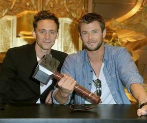 chris hemsworth and tom hiddleston image