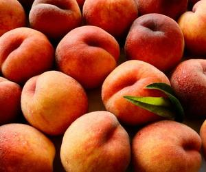 country home, FRUiTS, and peaches image