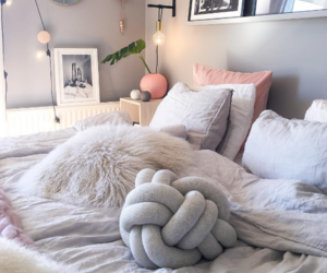 bedroom, calm, and décoration image