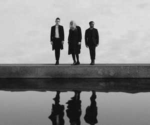 heaven, lynn gunn, and pvris image