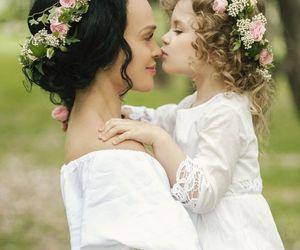 kiss and wedding image