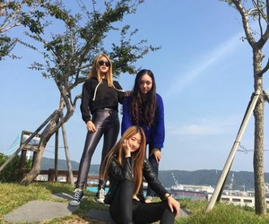 asia, girls, and icon image