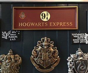 express, harry potter, and hogwarts image