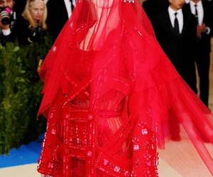 katy perry, kathy perry, and met gala image