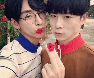 aesthetic, couple, and glasses image
