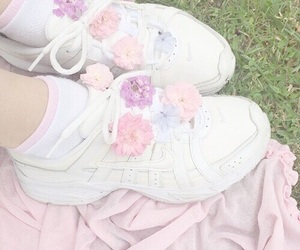 aesthetic, flowers, and pastel image